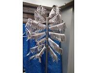 tree metal display branch retail fashion