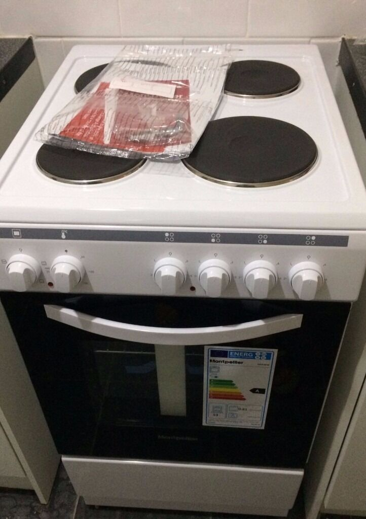 Brand New Montpellier Electric Oven Model MSE46W 1 Year warranty