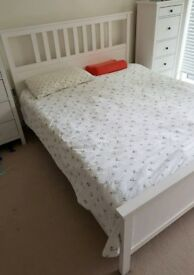 !! NEW REDUCED PRICE !! Complete bedroom furniture set