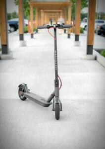 Gyrocopters Flash electric scooter - 25 Km/h Top speed - 20 Km Range - Smart Portable Design Toronto (GTA) Preview