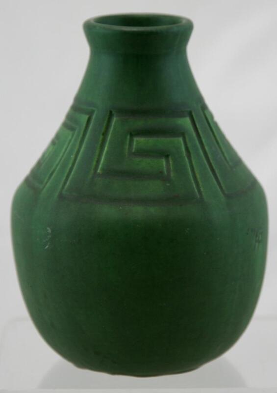 "OWENS 7.25"" ARTS & CRAFTS VASE BY HP W/CARVED LINES MOTIF MATTE GREEN GLAZE MINT"