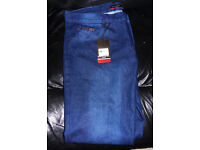 Brand new with tags 1 pair of Mens Pierre Cardin Jeans (Bath BA2 area)