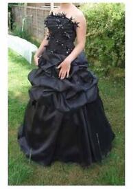 Stunning prom dress size 8-10