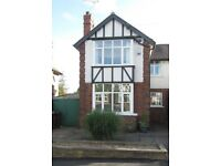 Furnished 3 bedroom House To Rent In Beeston