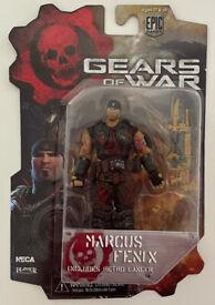 Gears Of War - Marcus Fenix With Retro Lancer Figure