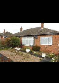 2 bed bungalow to rent in Dewsbury off road parking front and rear garden £525 pcm