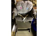 Wooden High Chair with Table / Taupe