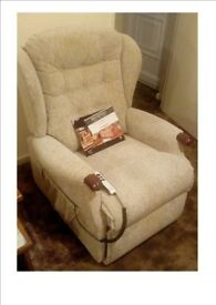 SHERBORNE DUAL MOTOR LIFT AND RISE RECLINER IN OATMEAL