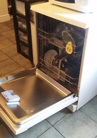 Bosch Dishwasher - White - in Excellent Condition