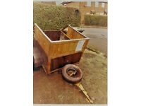 Trailer in very good condition ,new tyres ,light board . ready to go