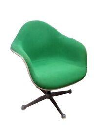 Set of 4 Original Charles Eames for Herman Miller Swivel Bucket Chairs
