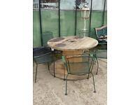 Wood reel table + 5 metal chairs