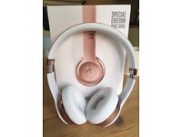 """Brand New"" Beats By Dre Solo wireless 3 (Rose Gold)"