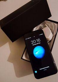 Apple iPhone 7 Jet Black 128 Gb