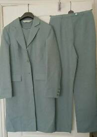 BRAND NEW! 4-Piece Women's Suit