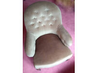 Victorian Button Back Chair - Green - In very good condition