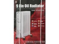 New & Boxed Premi 9 Fin 2000W Electric Oil Filled Radiator/Heater with Adjustable Thermostat
