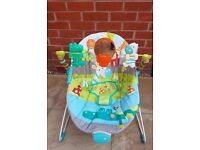 Baby Bouncy Chair, vibrating and padded with Toys