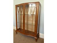 Vintage/ Retro China Cabinet with original key and Two glass shelves