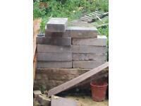 25 concrete blocks 8 thermalites