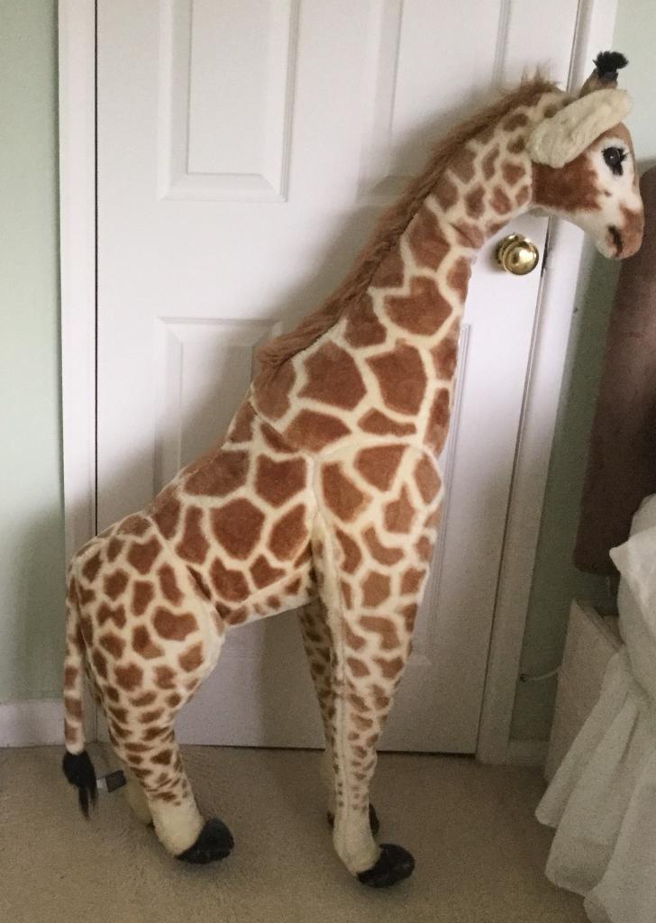 Giant Stuffed Plush Giraffe 4ft Tall Melissa Doug In Studley