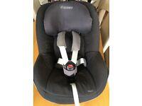 Maxi Cosi Pearl car seat & FamilyFix ISOFIX base