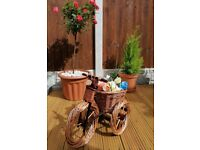 EXTRA LARGE WICKER TRICYCLE BIKE GARDEN PATIO HANDMADE UNIQUE GIFT / PLANTER