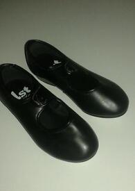 Black Tap Shoes size 9