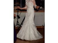 Stella York ivory strapless wedding dress size 8/10 in perfect condition