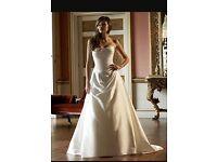 """Alan Hannah """"Francois"""" Wedding dress - Size 8"""