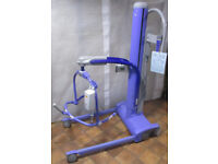 Arjo Maximove Patient Lift Mobility Battery Hoist, Charger, Std Hanger, Scale