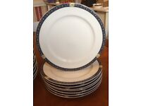 * NEW * SET of 24 DINNER PLATES, 27cm BONE - Dishwasher & Microwave SAFE (Get Ready for Christmas)