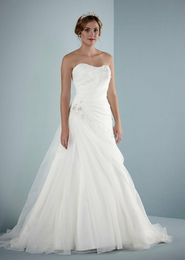 arenal pure bridal by romantica ivory wedding dress size 22 offers welcome in finedon northamptonshire gumtree