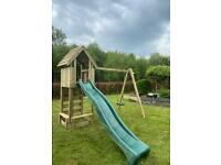 Play frame with wooden roof and sand pit