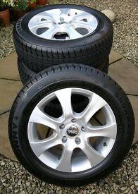 Sunny Snowmaster Radial Tyres & Dbv alloys 5 Stud SN3830 M&S 205/60R-96H-XL