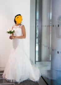 Beautiful white wedding dress, good as new