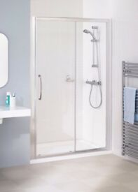 Lakes bathrooms classic 1400mm shower door
