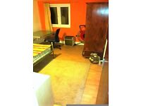 +++++Room To Rent (Park Street)+++++