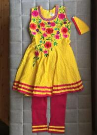 Brand new girls Indian dress (Chudidar) size 24