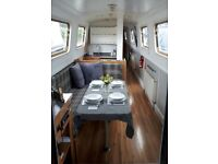Beautiful 52ft Narrowboat / Canal Boat built 2002 Cruiser Stern 5 berths, room for 6 berth if needed