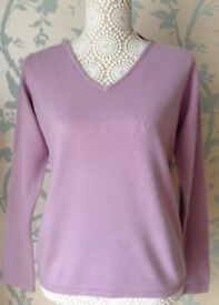 Women's Clothing Lilac V Neck Super Soft Jumper Size 14 BNWT