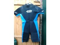 Wetsuit to fit age approx 8-12 yrs.