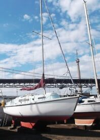 Snapdragon 747 Bilge Keel Yacht for Sale. This is a sturdy and safe yacht.