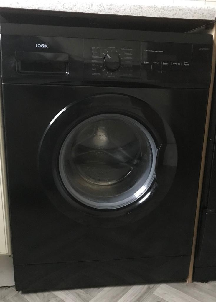 Black washing machine only 3months old