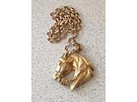 9ct Gold Belcher Chain & Horse Pendant
