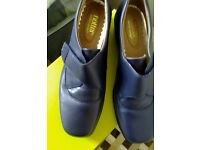 Hotter Navy Ladies Shoes size 5.5 New