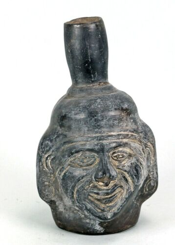 PRE-COLUMBIAN CLAY EFFIGY PIPE, NATIVE AMERICAN PIPE BOW