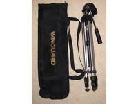 Vanguard VT-508 Camera/Video Tripod with 3-way pan/tilt head, with carry bag