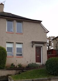 Spacious two bed semi detached house in Kelso available for let.