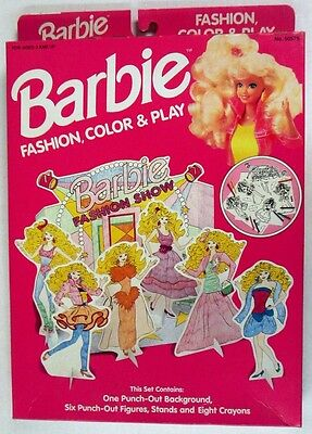 Barbie Fashion Color & Play Fashion Show Set (NEW)